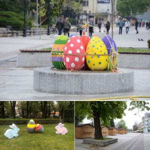 Великденска украса и базар във Видин (Снимки)