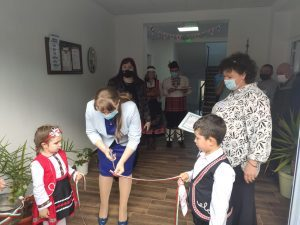Министър Сачева връчи първия лиценз на социална услуга в село Межден