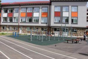 Училища във Видин, Враца и Монтана ще получат спортно оборудване и обзавеждане по ОПРР