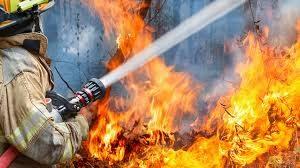 Пожар в пункт за вторични суровини в Русе