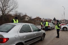 Бързи производства за двама нарушители на пътя във Видинско