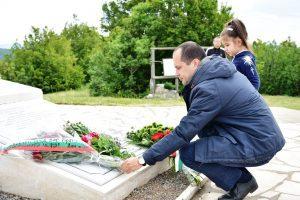 Кметът на Враца – Калин Каменов поднесе цветя пред паметника на загиналите ботеви четници