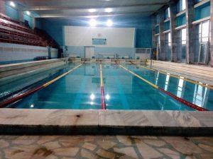 Покритият плувен басейн във Враца поднови своята дейност