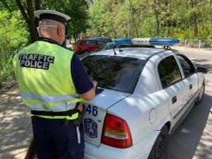 Хванаха 41-годишен мъж с контрабандни дърва в нерегистриран автомобил във Видинско